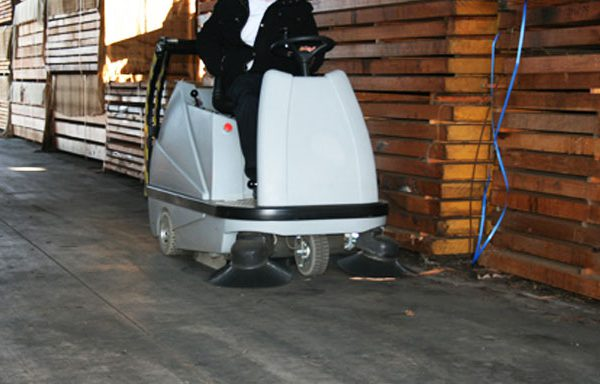 Why Are Floor Cleaning Machines So Important For Businesses
